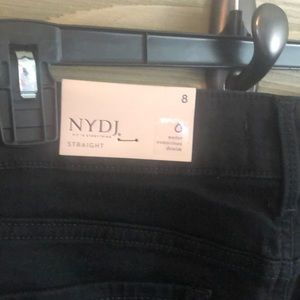 NYDJ Jeans - NWT NYDJ Marilyn Straight in black Size 8
